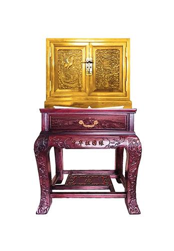 铜箱、红木紫檀底座家史箱